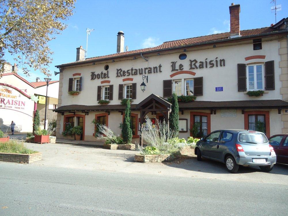 Hotel Restaurant Le Raisin Pont De Vaux